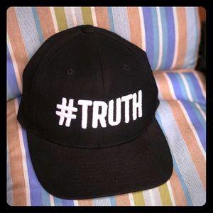 Gwen Stefani Concert Hat #TRUTH